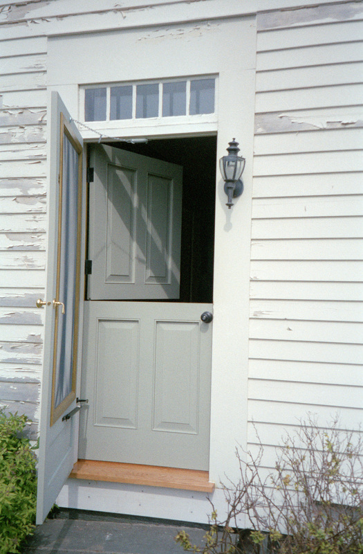 Farmhouse door 8 tips for creating a beautiful fall porch for Back door entrance